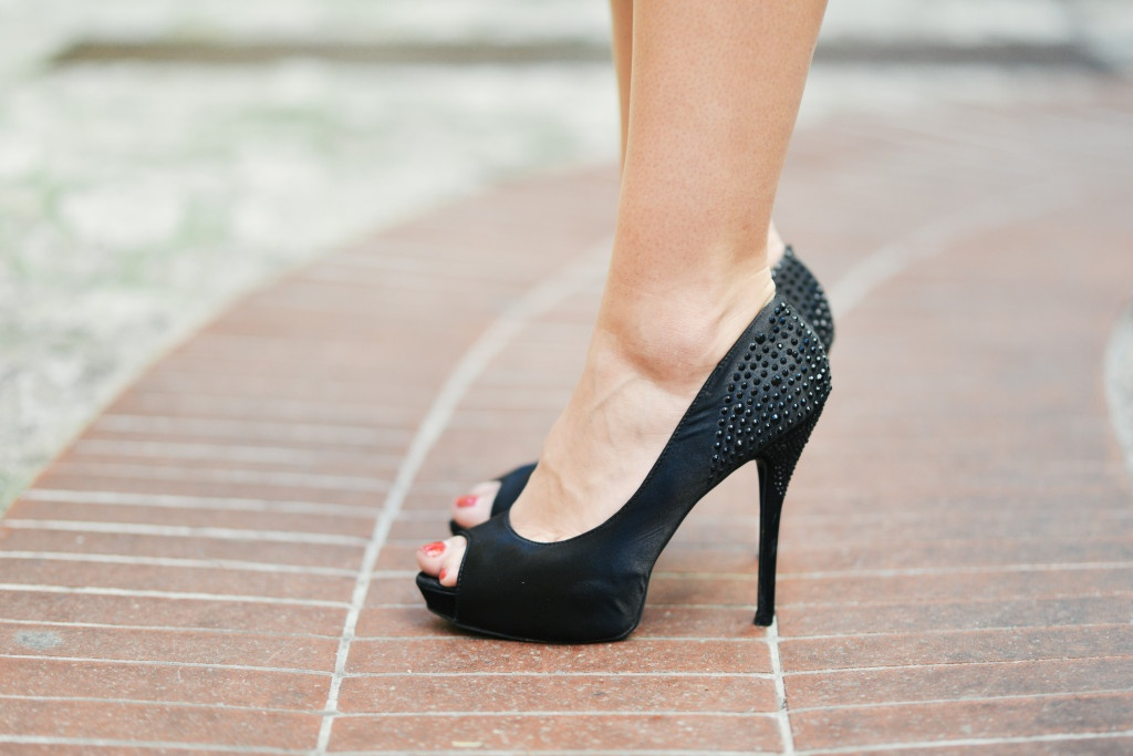 4 Tips to Reduce High Heel Pain